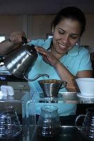 Comprar cafe, cafe de el salvador, cafe salvadoreño, cursos de cafe negro, Hario Kettle, Kalita, Vertidora de Cafe