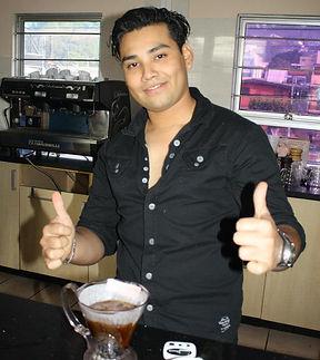 Jossue Marmol, primer lugar competencia Brewers Cup en EL Salvador 2013