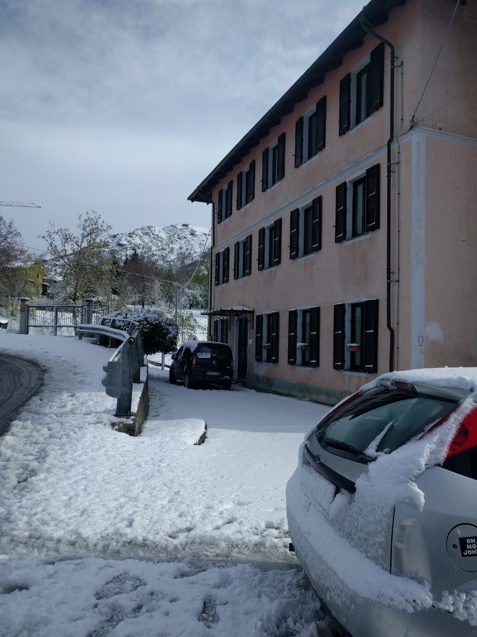 esterno con neve.jpg