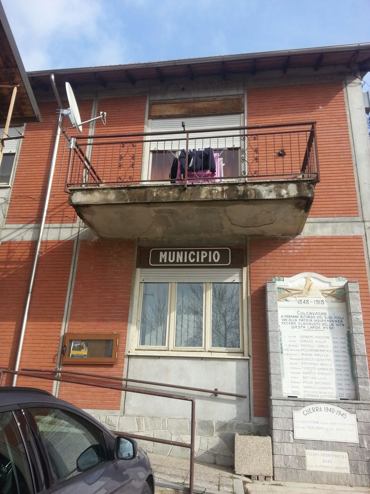 Facciata ex Municipio di Colcavagno