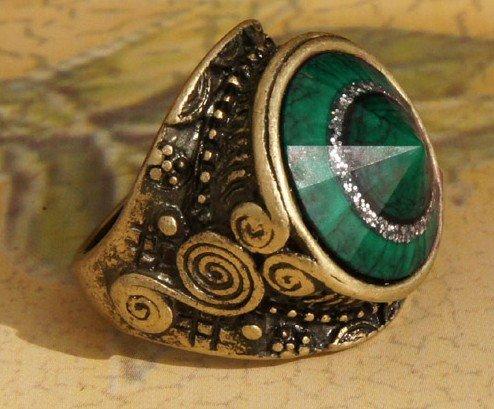 ANCIENT MAGIC RING