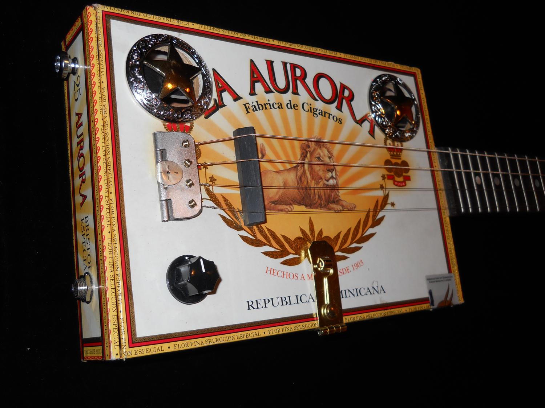 The White La Aurora Soul King