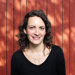 Meghan Hubner - Help aspiring entrepreneurs get out of their own way