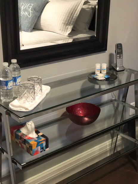The Zena Nest - side table / stand / vanity