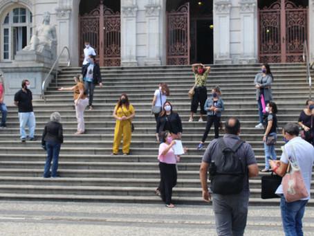 PROFESSORES E ESPECIALISTAS DE EDUCAÇÃO FARÃO NOVO ATO. NÃO HÁ NADA NA LEI QUE IMPEÇA MAIS PROMOÇÕES