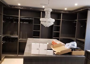 Large Dressing Room