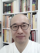 dr. young is chinese medicine practitioner mount waverley