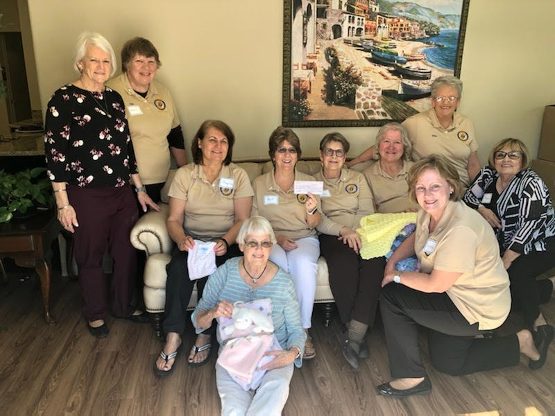 KofC Ladies Auxiliary at the Kimberly Home