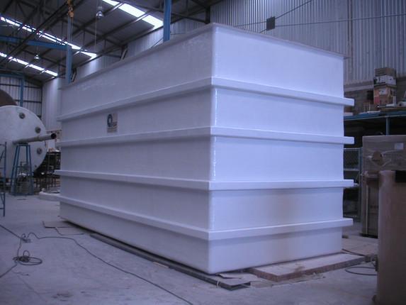 Trampa de grasas de 55 m³ con mampara EFISA