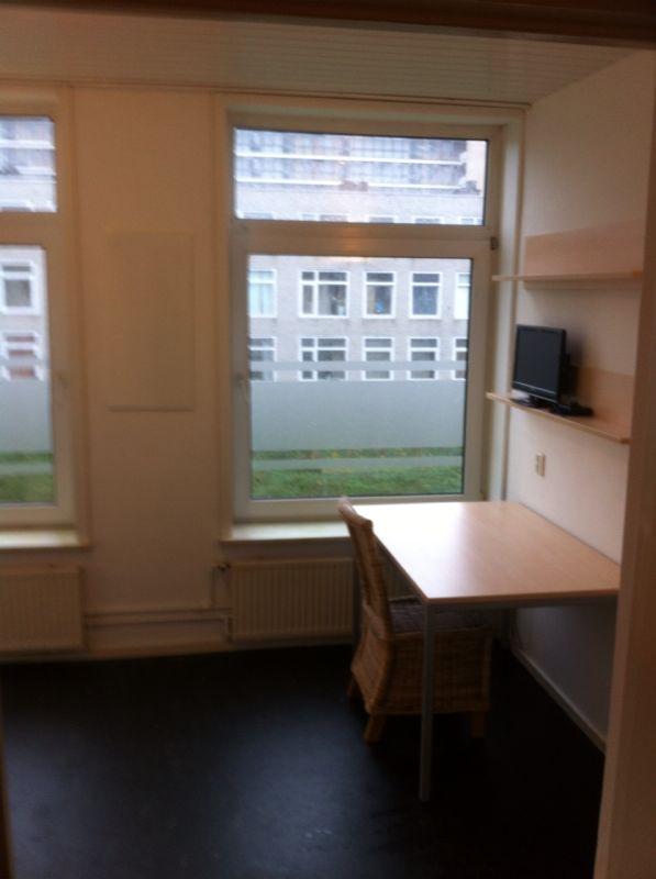 Room seen from the door opening.