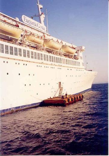 landing_barges_03.jpg