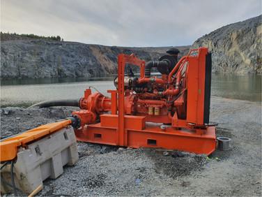 Giant HL260 Hi-Head Pump. jpg.jpg