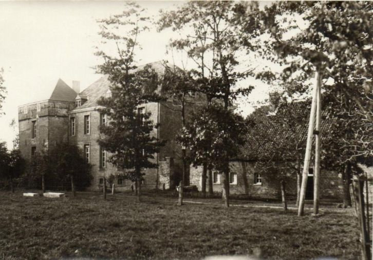 1932-b.jpg