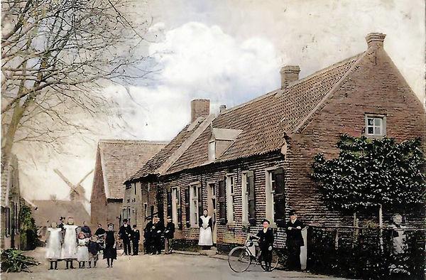 Groeten uit Broekhuizen-Colorized-Enhanced - kopie.jpg