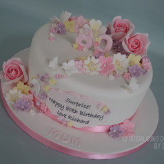 'MUM' ~ pretty 80th birthday cake with a pastel floral design
