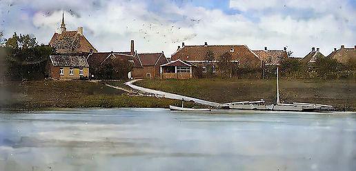 Veer Broekhuizen vanuit Arcen 10 aug 1904-Colorized-Enhanced-Repaired-Color-Restored.jpg