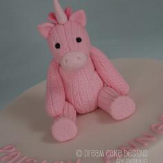 1st BIRTHDAY ~ UNICORN TOPPER CAKE