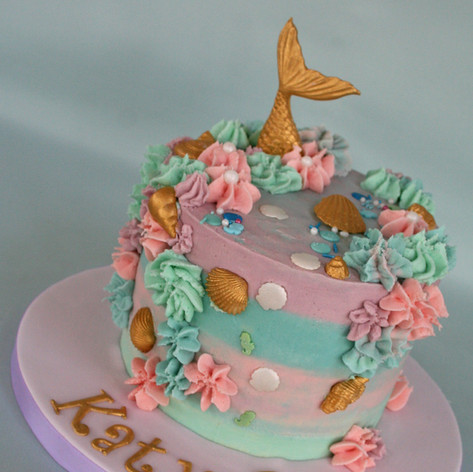MERMAID THEMED BUTTERCREAM CAKE