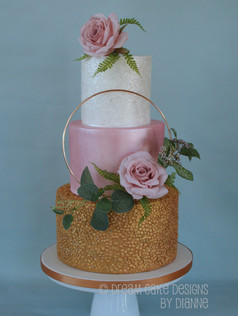 FLORAL HOOP ~ Beautiful on trend floral hoop design with faux flowers