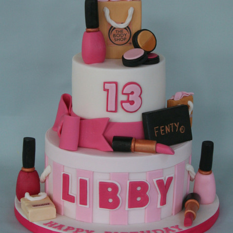 'LIBBY' ~ 2 TIER DESIGNER MAKE UP & DESIGNER BAGS