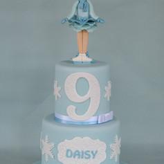 'DAISY' ~ PRETTY 2 TIER ICE SKATER CAKE
