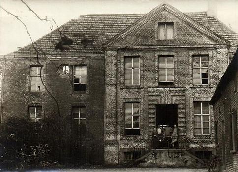 1932-a.jpg