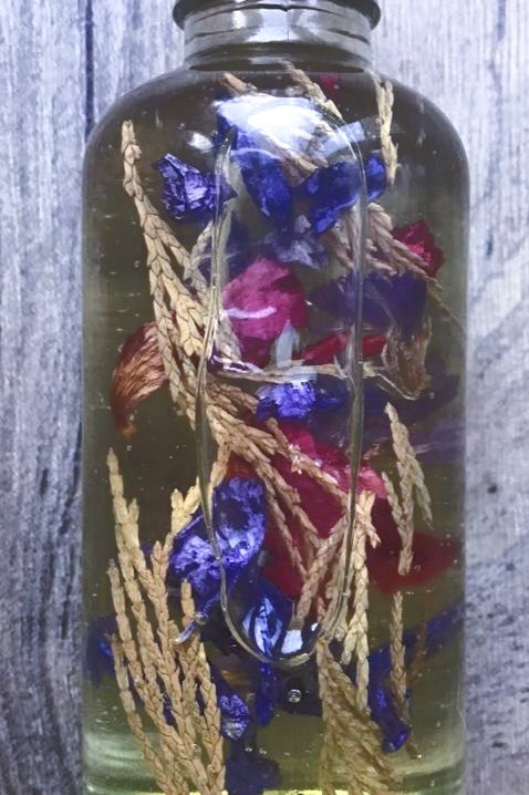 """""""Shades of a Woods Witch"""" Spell Oil"""