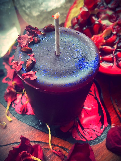 """""""Dark offering"""" of the Death Gods Spell Votive Candle"""
