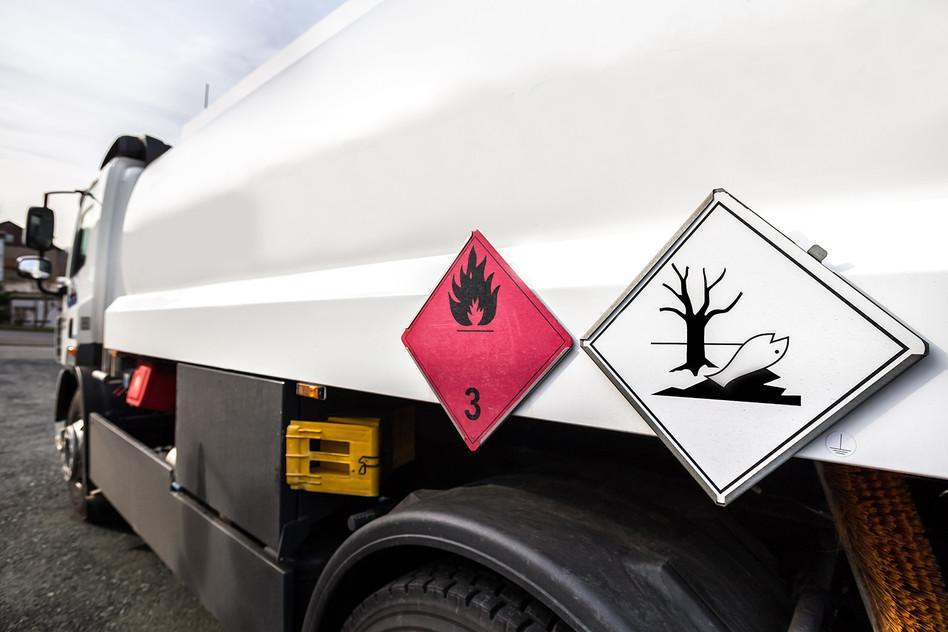 Ausbildung zum geprüften Gefahrgutfahrer/in