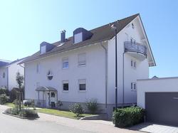 Klassisches Mehrfamilienhaus