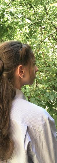 Femme cheveux longs 2a.jpg