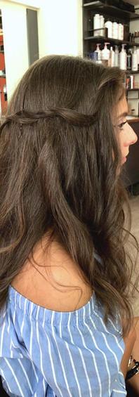 Femme cheveux longs 3e.jpg
