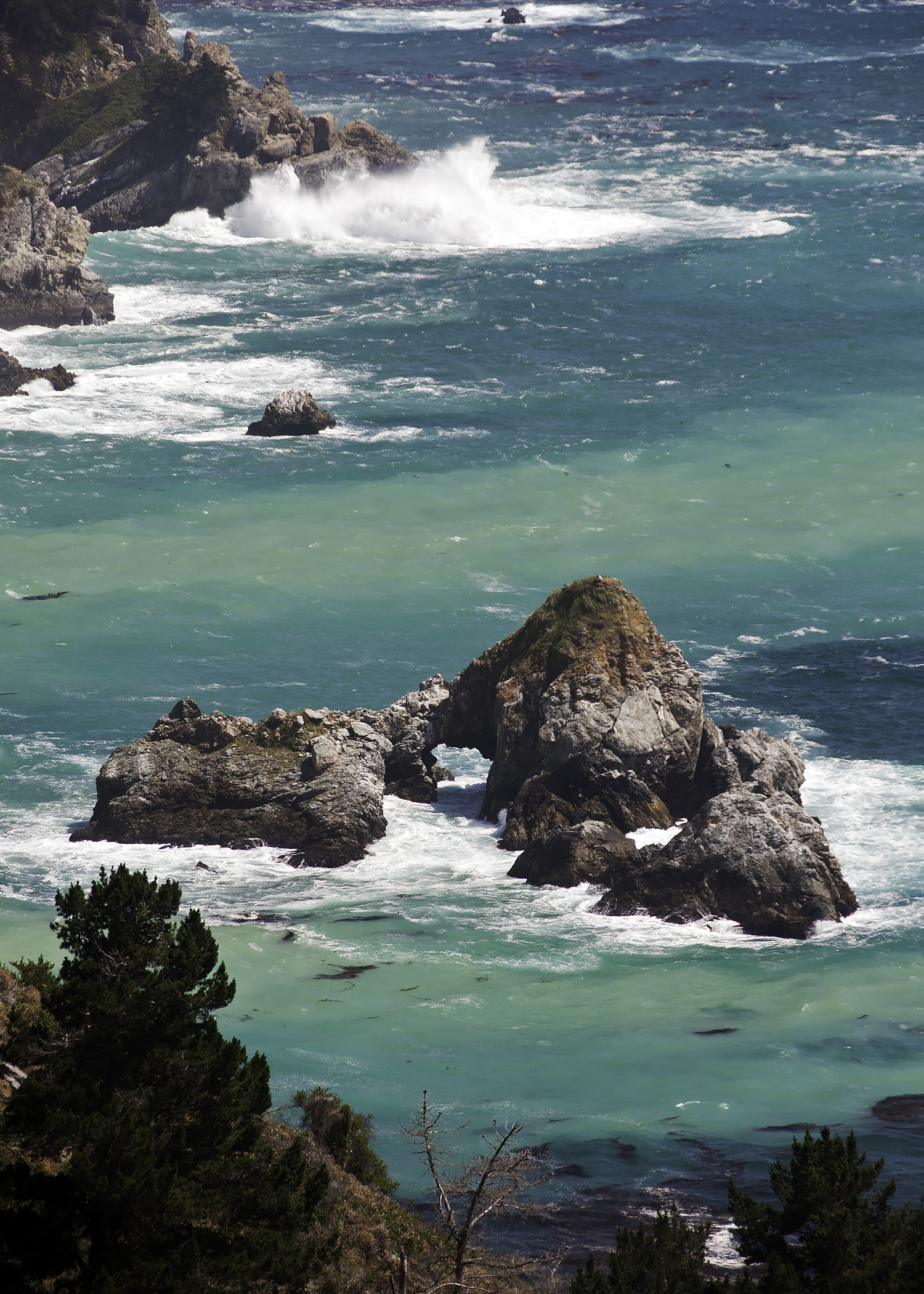 Julia Pfeiffer Arch (Big Sur)