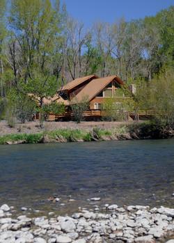 Yakima River Cabin