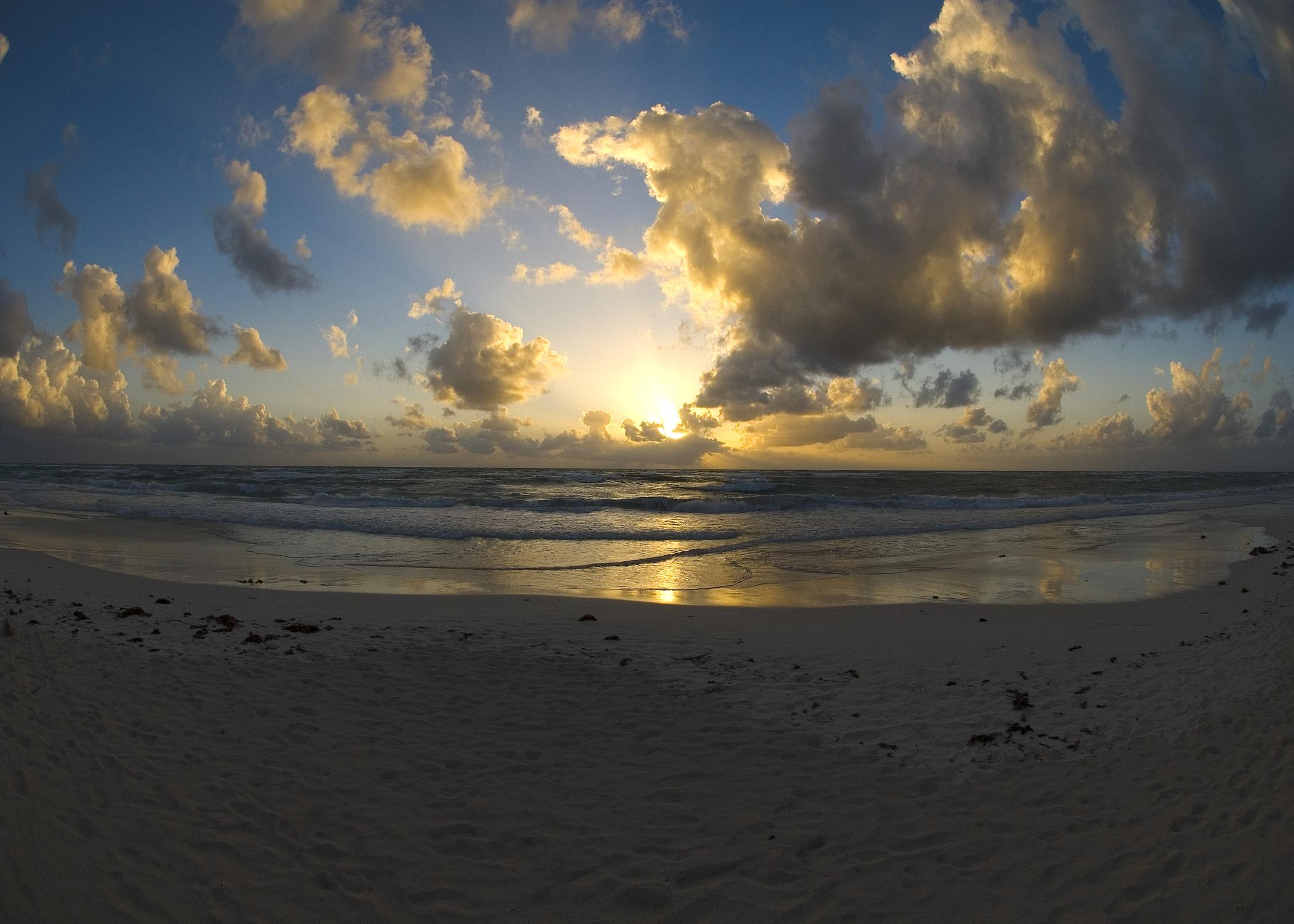 Sunrise (Tulum)
