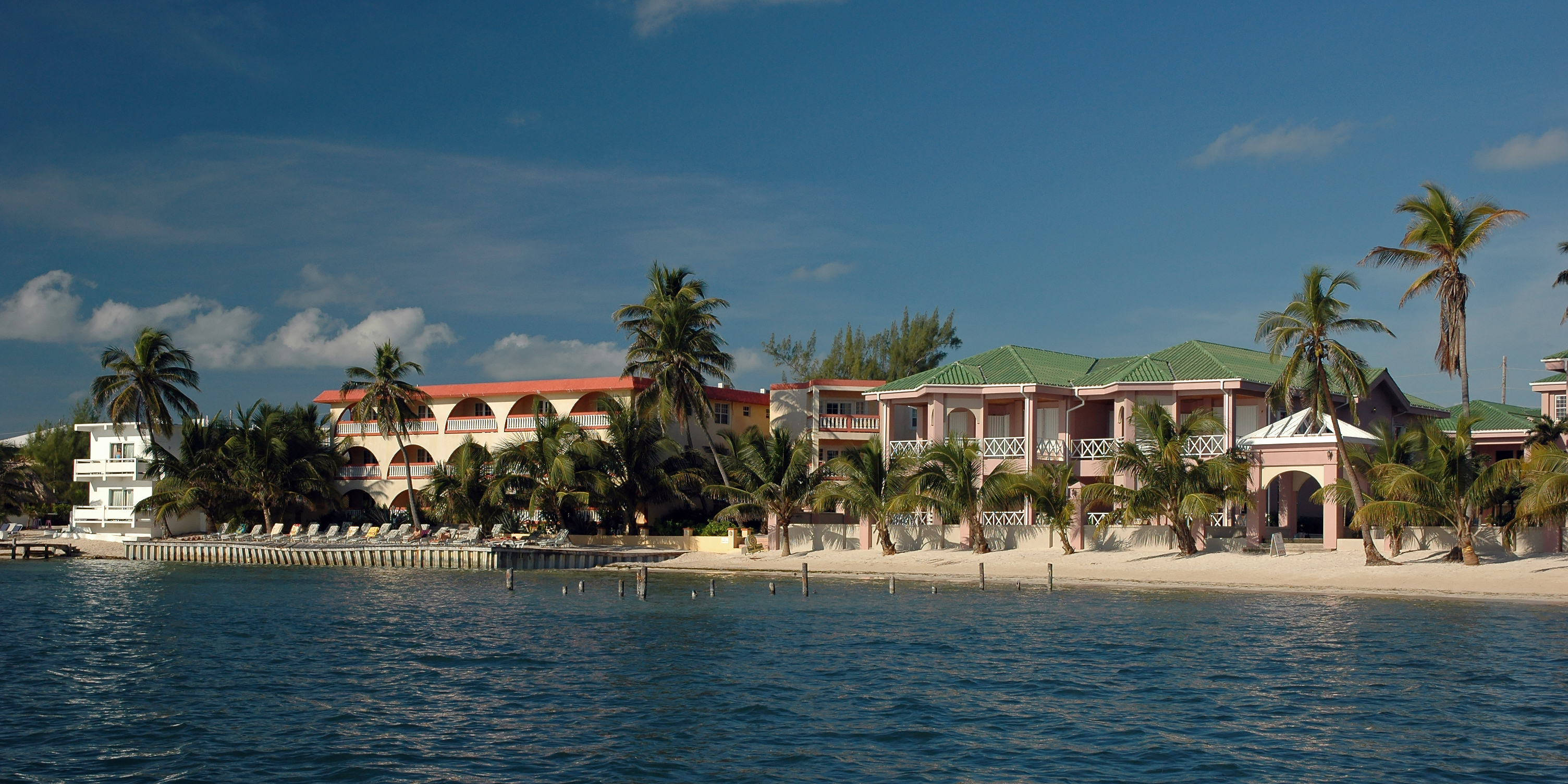 Beach Front Hotels (Ambergris Caye)