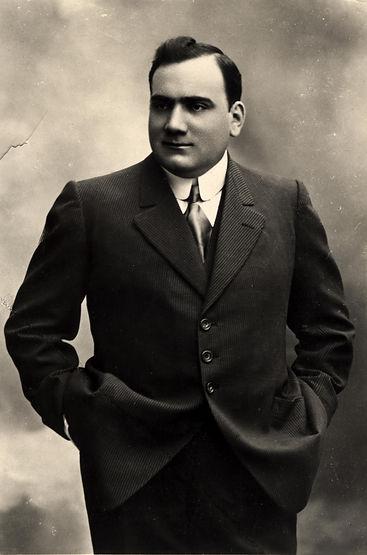 Enrico Caruso.jpeg