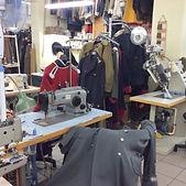 Atelier de fabrication de costumes et uniformes militaires