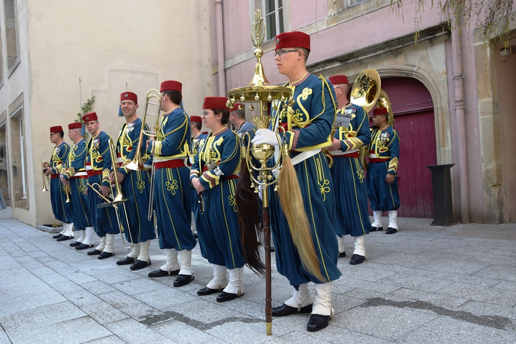La Nouba Uniforms