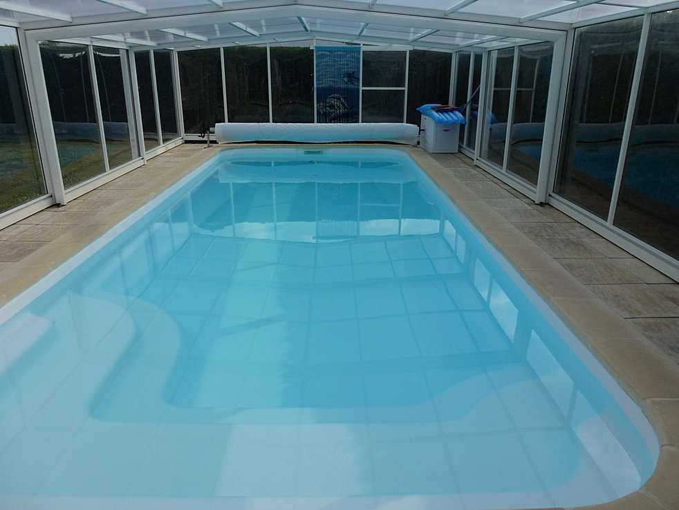 Compozit r paration fissure polyester piscine vend e for Resine polyester piscine
