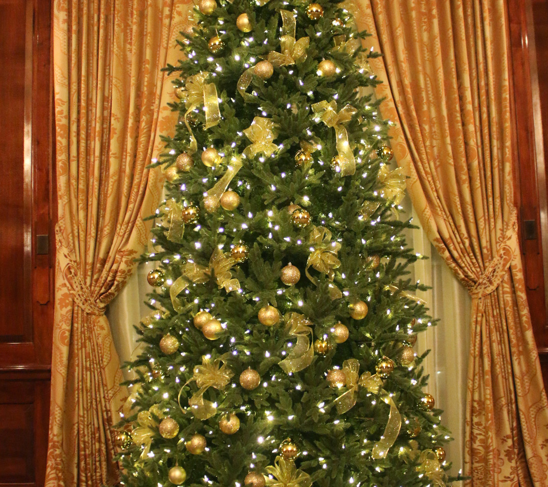 Golden tree in The Grand Room