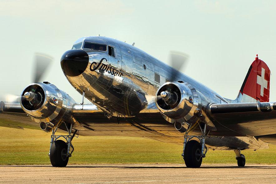 DC-3_-_Flying_Legends_Duxford_2015_(1960