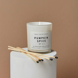 pumpking spice candle