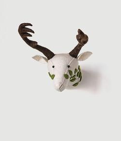 felt reindeer wall decor