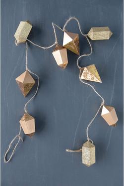 geo paper garland