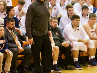 Chargers' boys coach resigns