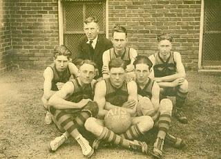 Alamo Basketball 1919-1920