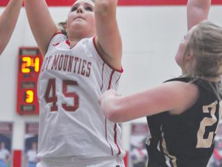 Southmont celebrates Senior Night with win