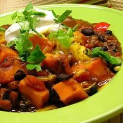 Black Bean & Sweet Potato Chipotle Chili