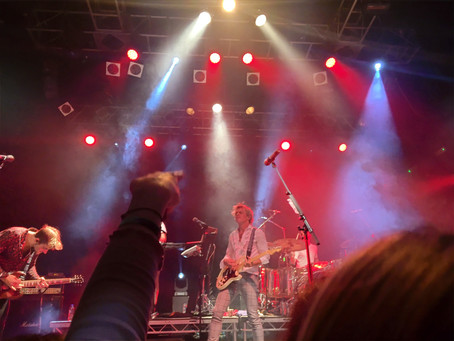 Why Following Gigs is a Great way to Travel